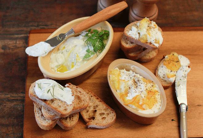 おつまみバゲット チーズディップ2種