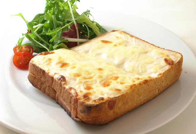 とろけるチーズのクロックムッシュ